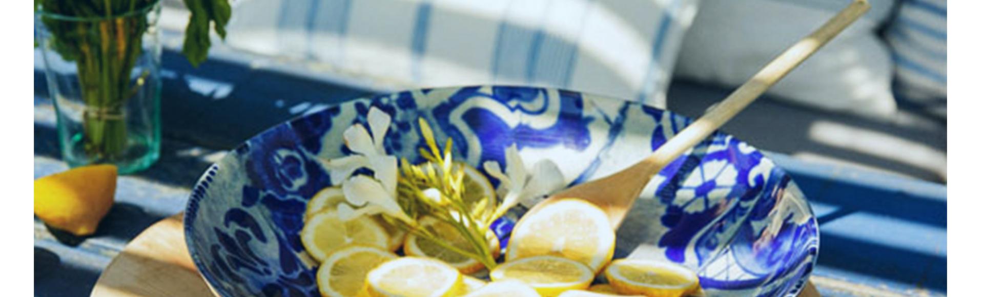 18・19世紀のポルトガルタイル、アズレージョにインスパイアされて生まれたリスボンシリーズ。青と白のシンプルな色味と、どこかエキゾチックな香りが魅力です。