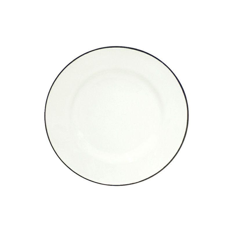 白と青のカラーが特徴のコスタ・ノバのベジャシリーズ。少し大きめのサラダプレートはメイン皿や、パスタ皿としても使いやすい。