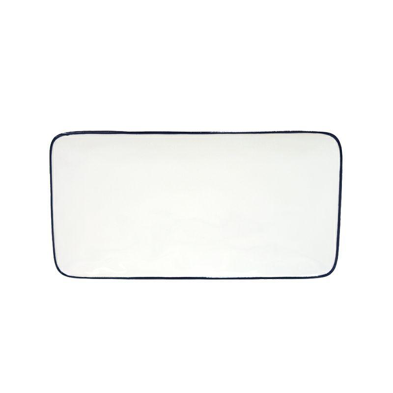 白と青のカラーが特徴のコスタ・ノバのベジャシリーズ。長方形の形が和食にもよくあうレクタングルトレイ。